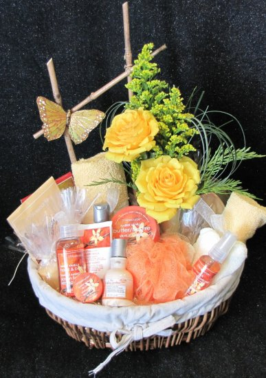 1 Spa Gift Basket click to enlarge