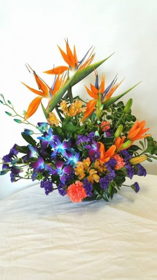 1 1 A Bird of Paradise x3 Blue Orchids Lilies - Click Image to Close