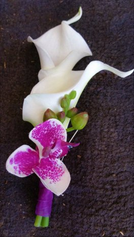 1 1 boutonniere 2 callas, orchid