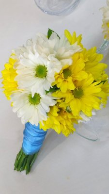 1 bridal bouquet Daisies for Me