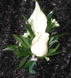 boutonniere White roses