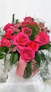 1 1 a big pink roses bouquet