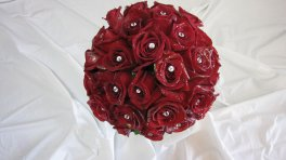 Red Roses, Hand Tied.