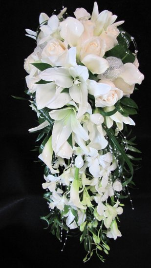A Beautiful White Cascading Bridal Bouquet A Beautiful White