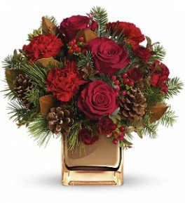 01 Christmas centrepiece Make Merry carnations goldcube