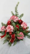 0 a Candy Carnations Christmas Centrepiece
